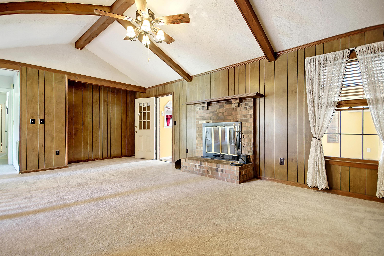 Sangaree Homes For Sale - 313 Longleaf, Summerville, SC - 2