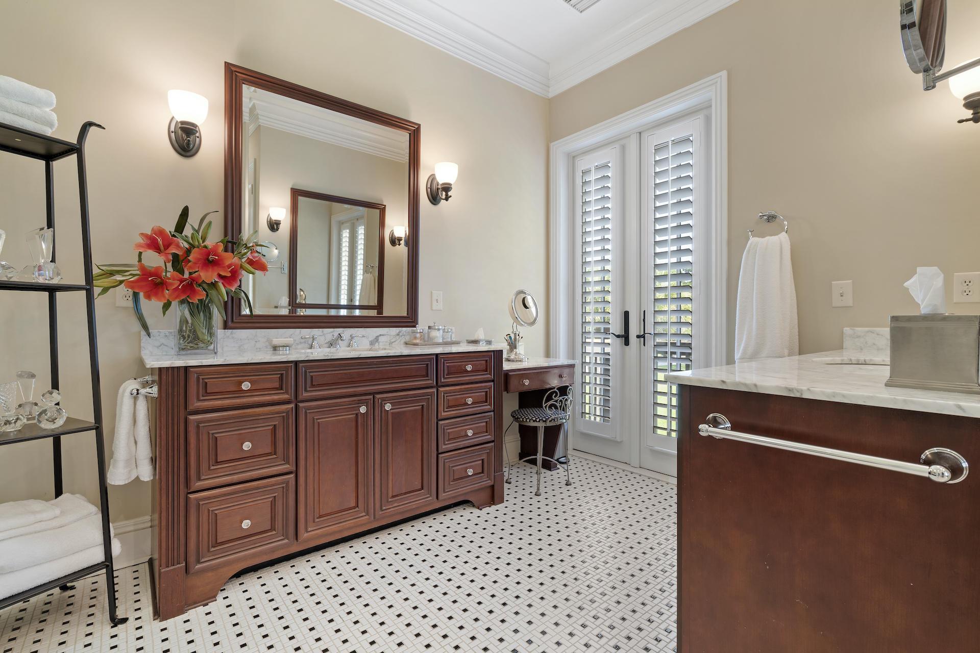 Daniel Island Homes For Sale - 250 Island Park, Charleston, SC - 3