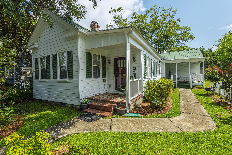 Old Village Homes For Sale - 922 Pitt, Mount Pleasant, SC - 4