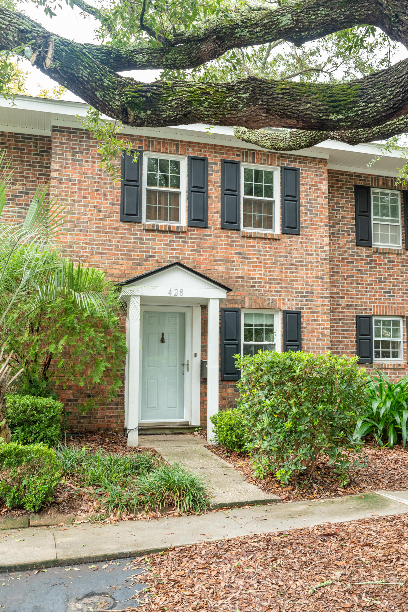 Heritage Village Homes For Sale - 428 Carriage, Mount Pleasant, SC - 2