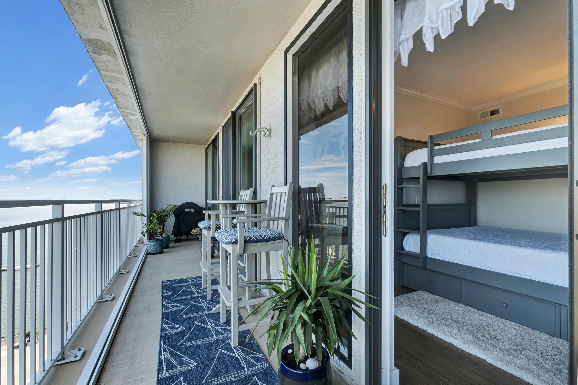 Dockside Homes For Sale - 330 Concord, Charleston, SC - 20