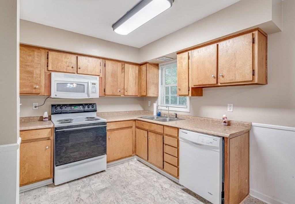 Oakdale Estates Homes For Sale - 116 Forest, Summerville, SC - 23