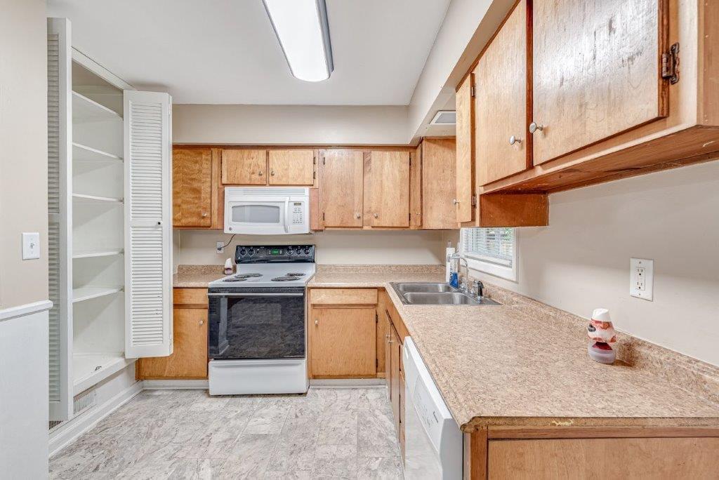 Oakdale Estates Homes For Sale - 116 Forest, Summerville, SC - 25