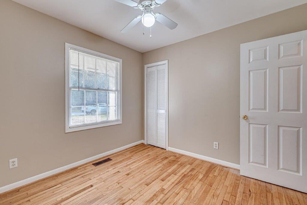 Oakdale Estates Homes For Sale - 116 Forest, Summerville, SC - 19