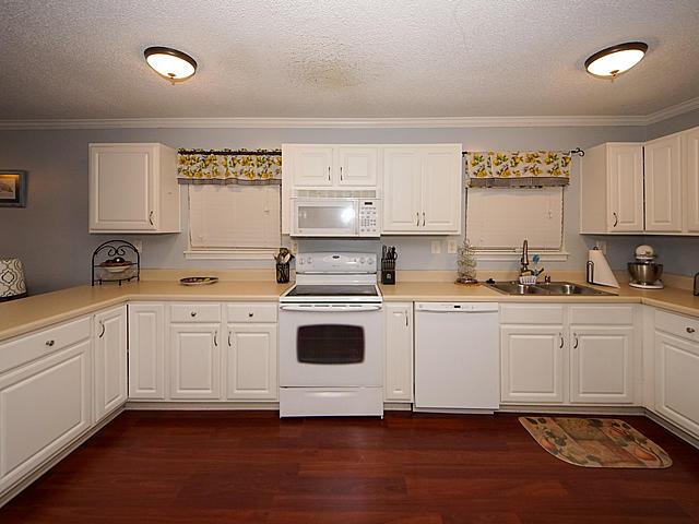 Carolina Cove Homes For Sale - 415 Parkdale, Charleston, SC - 26