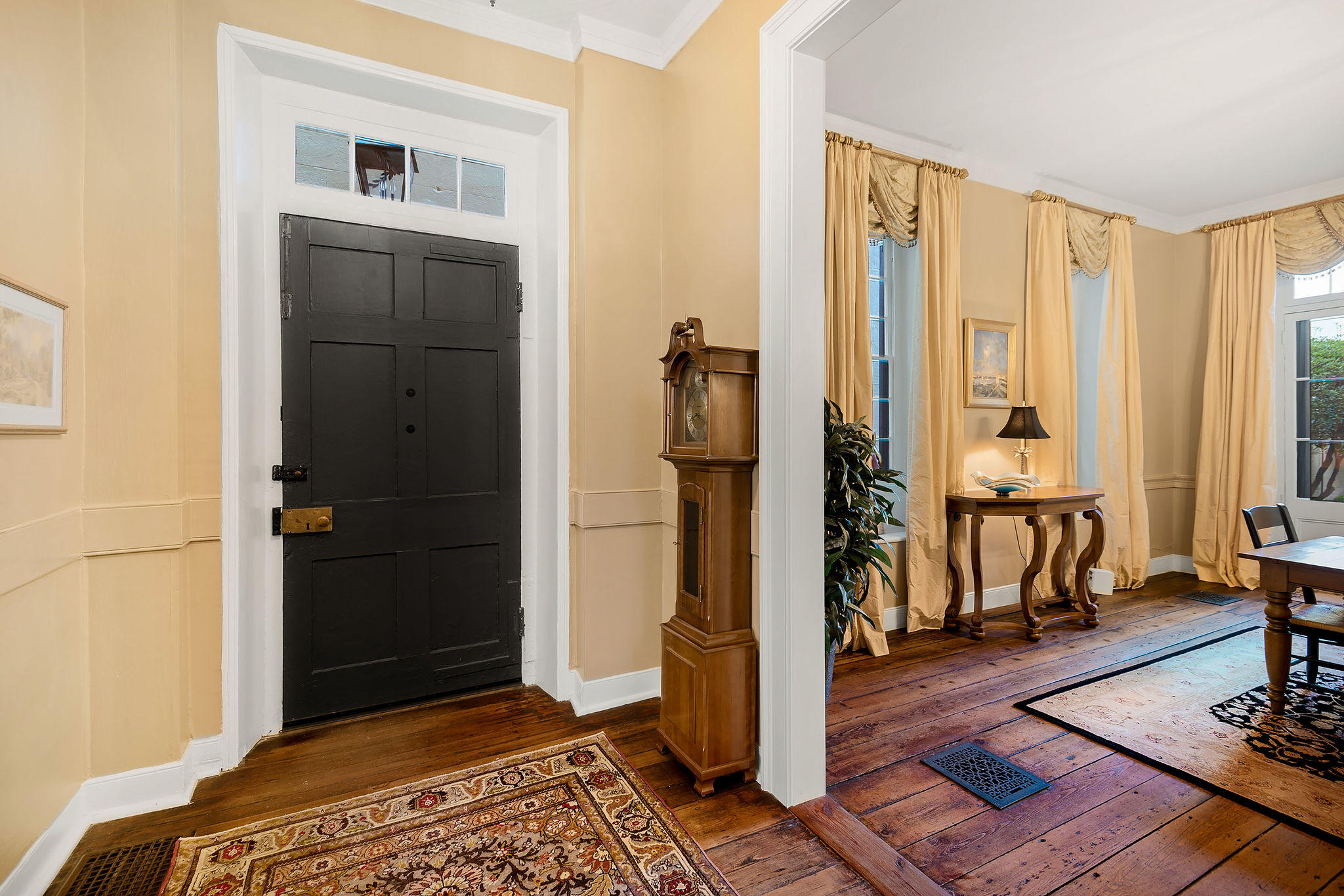 South of Broad Homes For Sale - 54 Tradd, Charleston, SC - 10