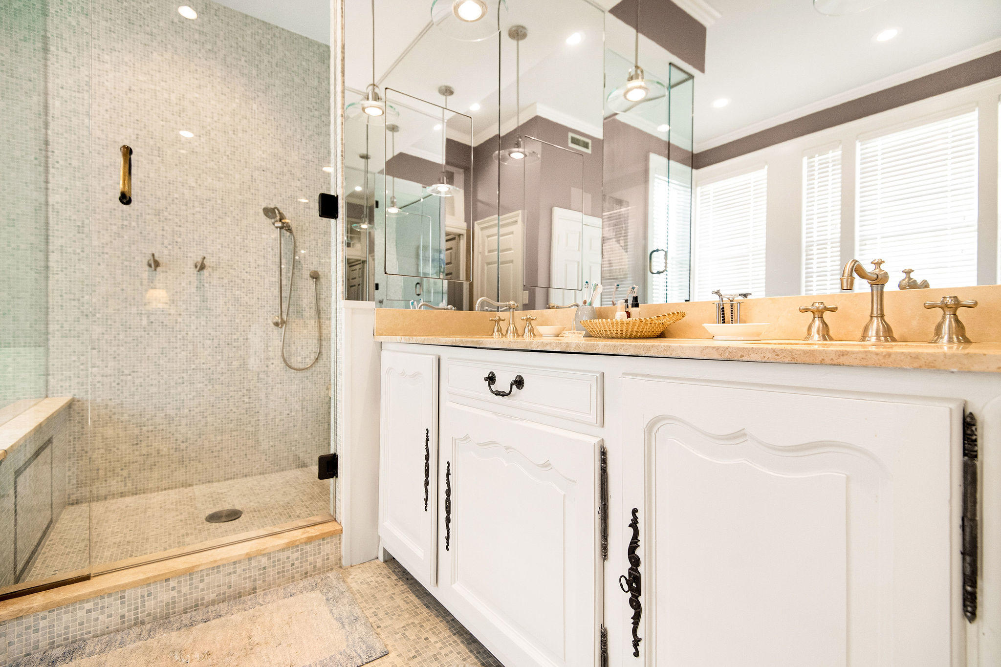 South of Broad Homes For Sale - 54 Tradd, Charleston, SC - 54