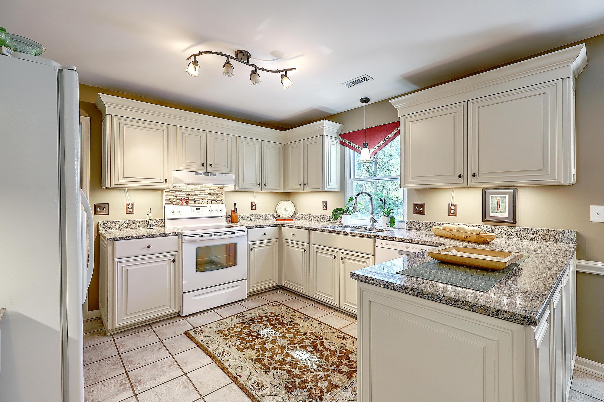 Woodington Homes For Sale - 4712 Blakeford, North Charleston, SC - 39