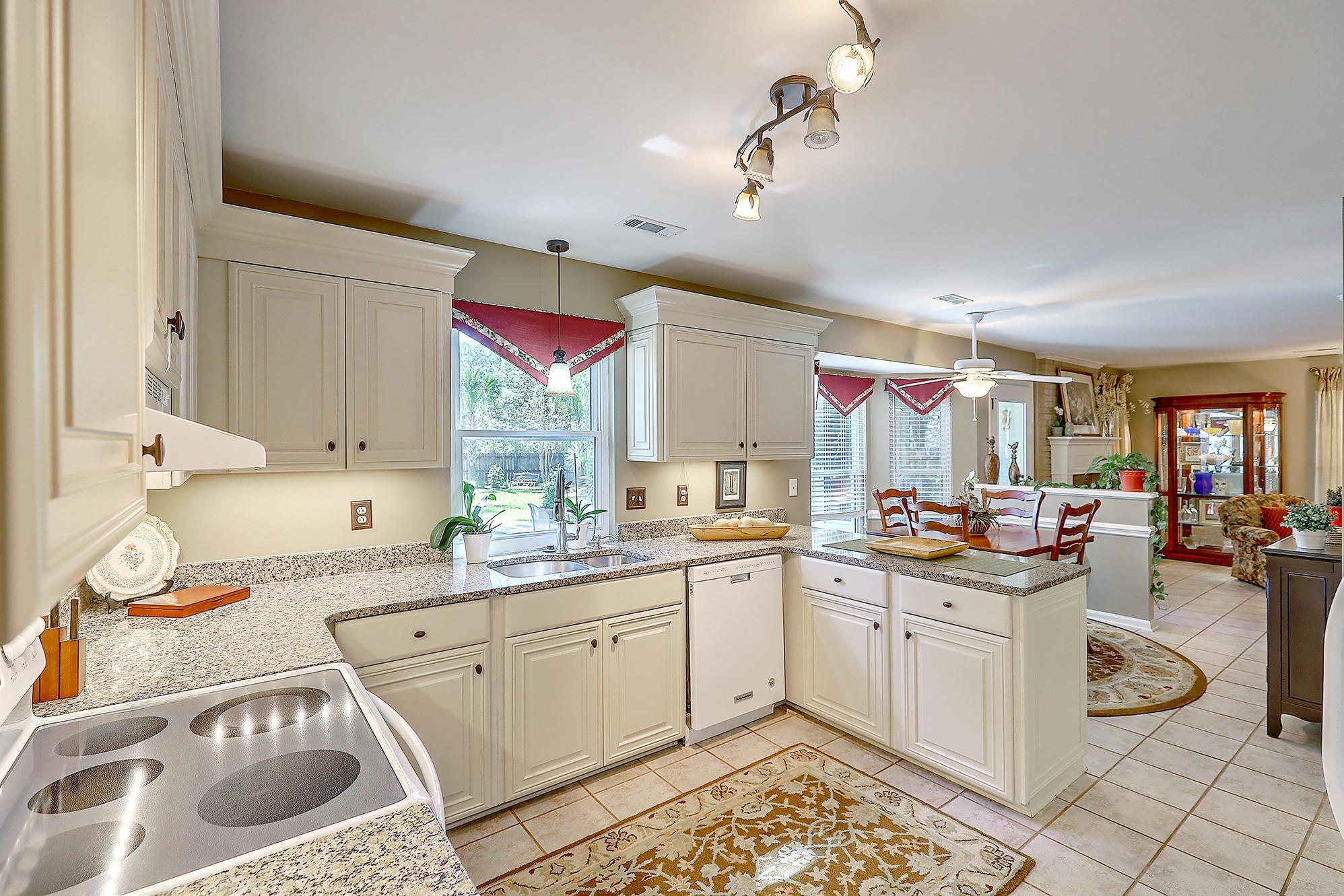 Woodington Homes For Sale - 4712 Blakeford, North Charleston, SC - 41