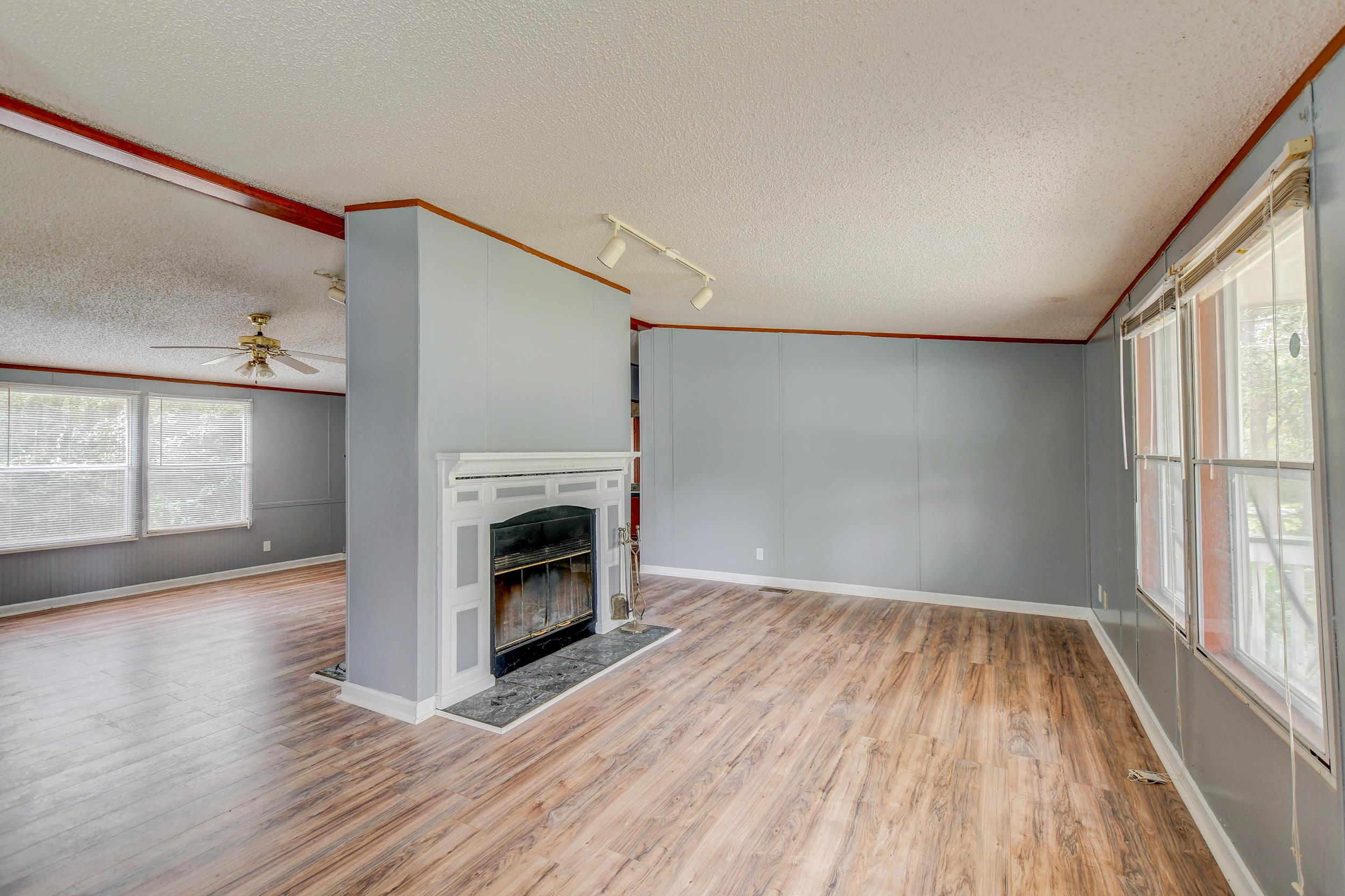 Clemson Terrace Homes For Sale - 123 Colkitt, Summerville, SC - 29