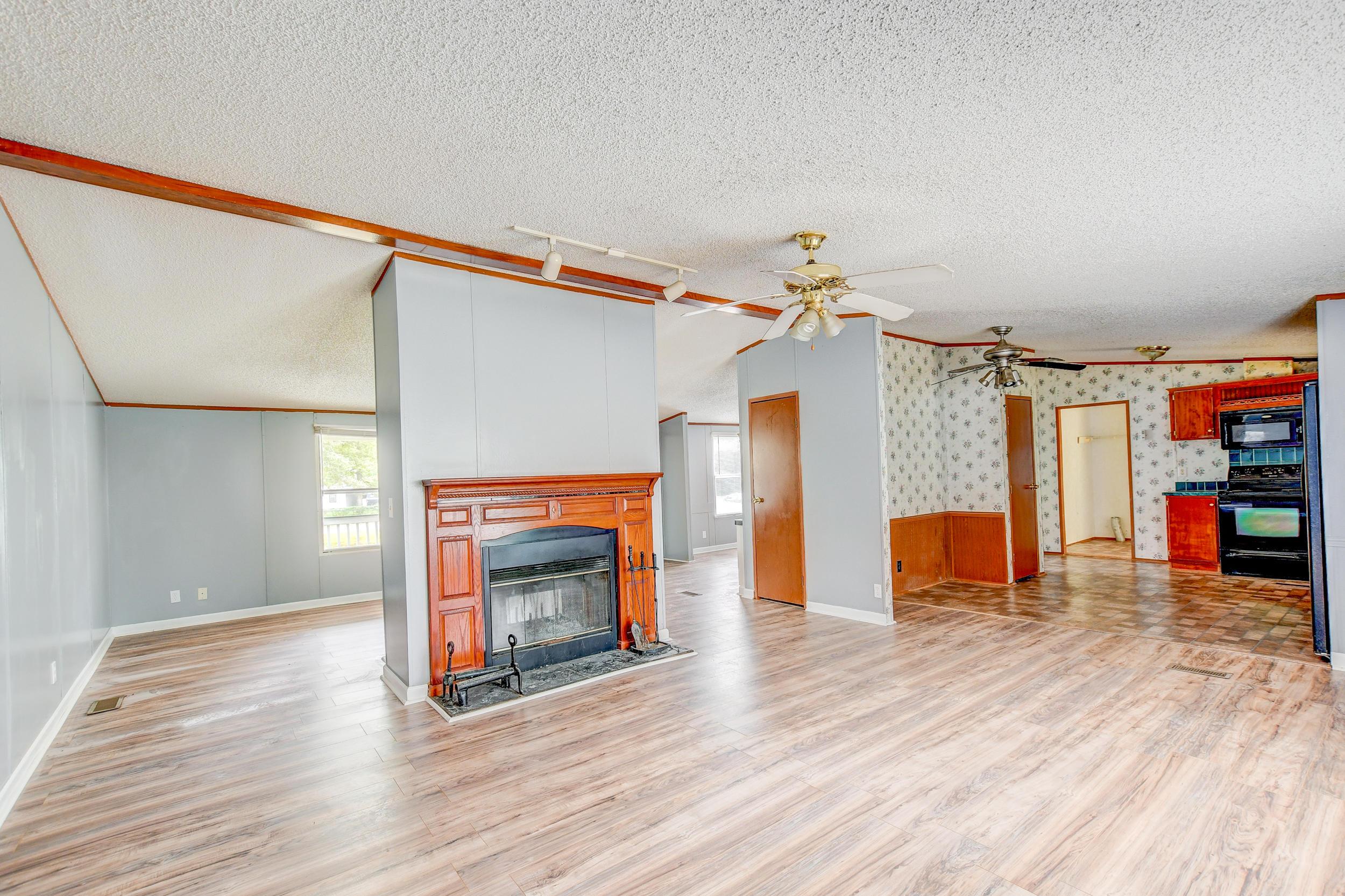 Clemson Terrace Homes For Sale - 123 Colkitt, Summerville, SC - 3
