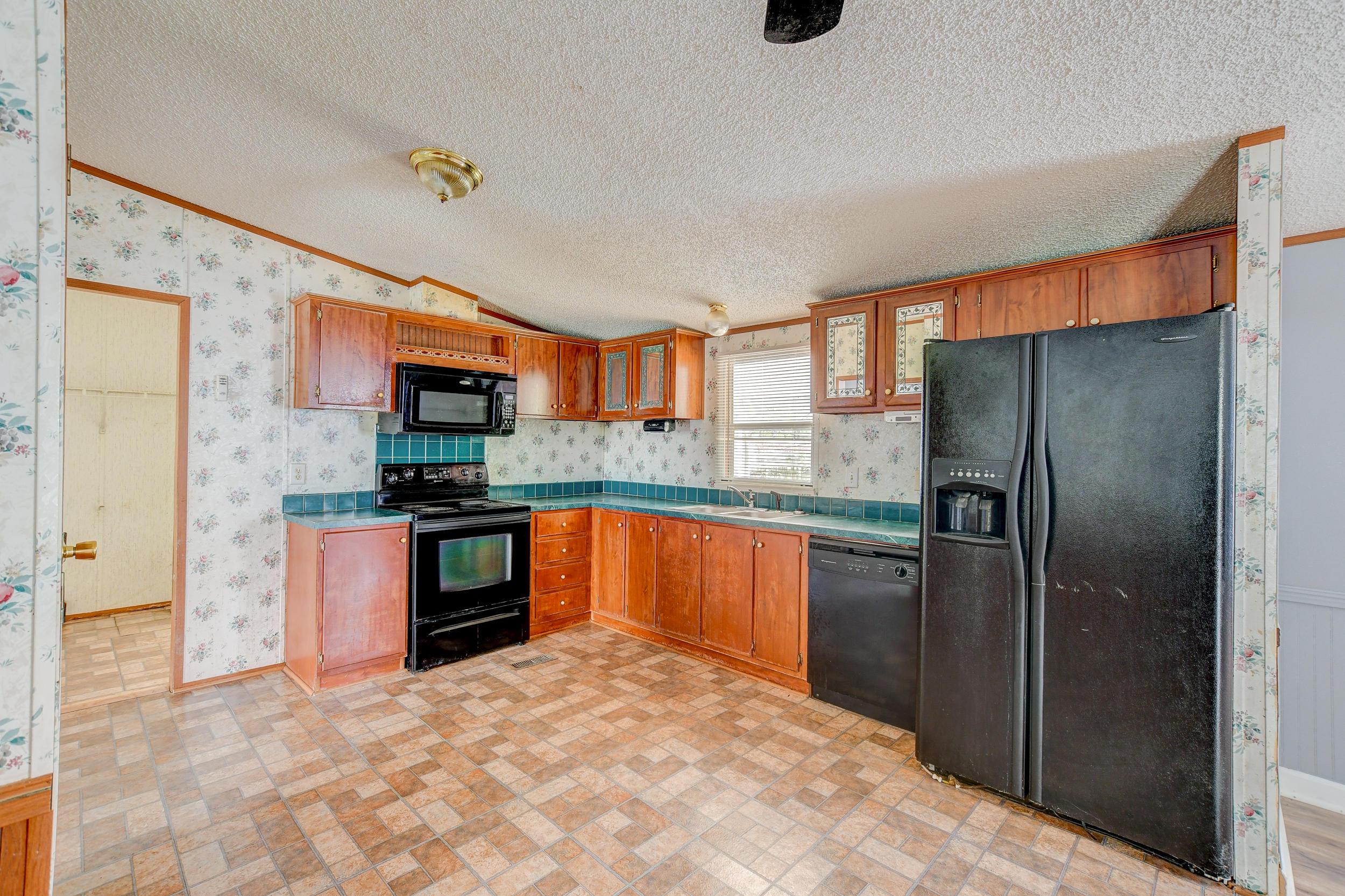 Clemson Terrace Homes For Sale - 123 Colkitt, Summerville, SC - 27