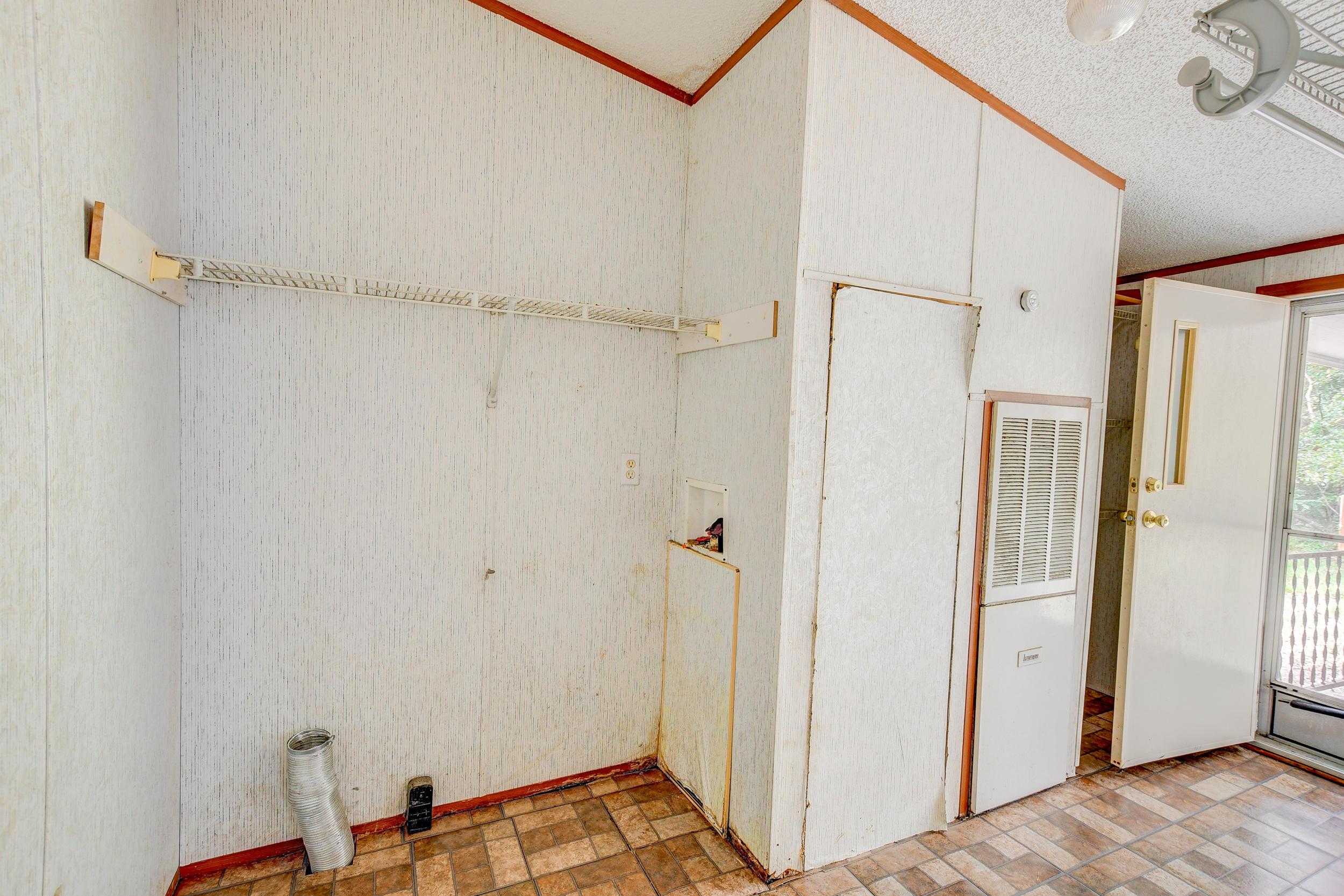 Clemson Terrace Homes For Sale - 123 Colkitt, Summerville, SC - 2