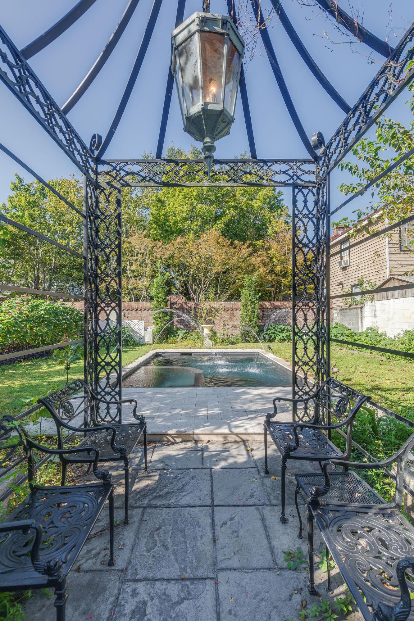 Harleston Village Homes For Sale - 138 & 140 Wentworth, Charleston, SC - 16
