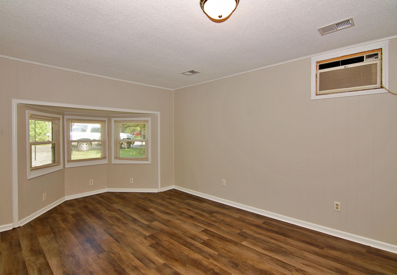 Meadowbrook Homes For Sale - 208 Eagle, Summerville, SC - 16