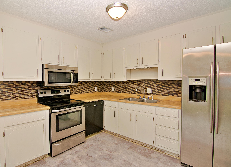 Meadowbrook Homes For Sale - 208 Eagle, Summerville, SC - 12