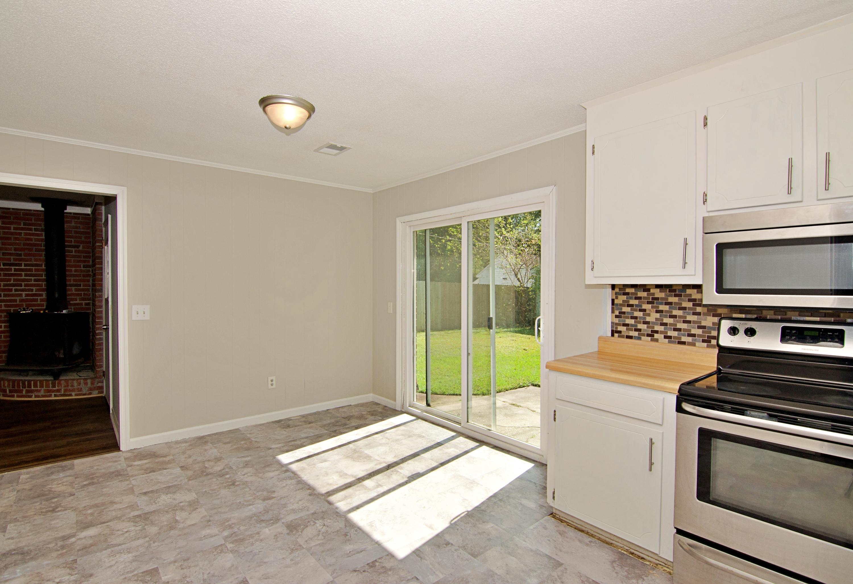 Meadowbrook Homes For Sale - 208 Eagle, Summerville, SC - 11