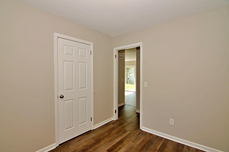 Meadowbrook Homes For Sale - 208 Eagle, Summerville, SC - 3