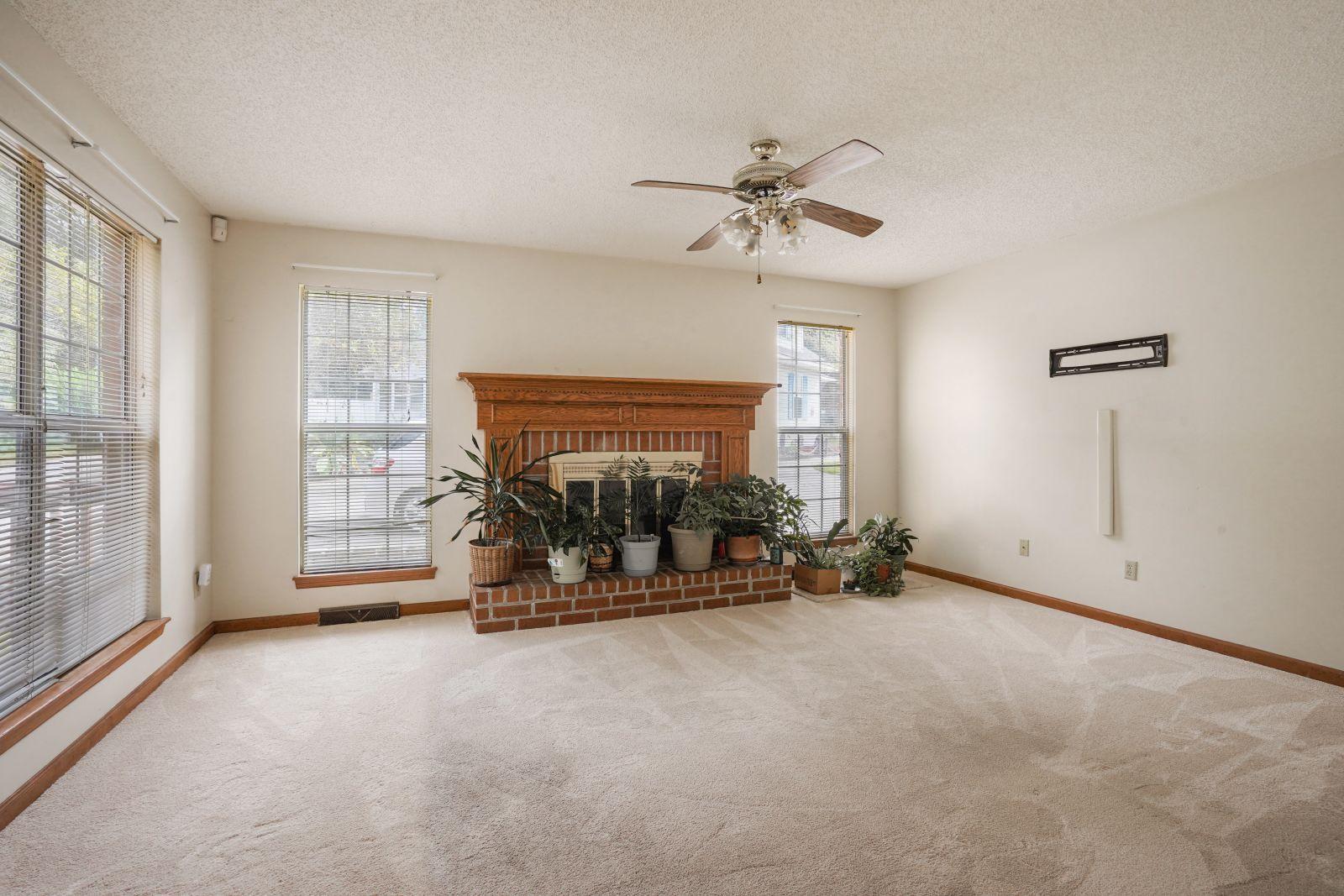 Crowfield Plantation Homes For Sale - 161 Belleplaine, Goose Creek, SC - 11