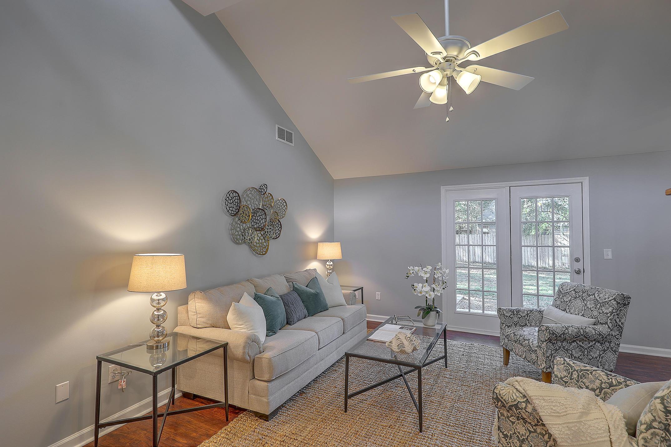 Dellwood Homes For Sale - 728 Boyce, Charleston, SC - 29