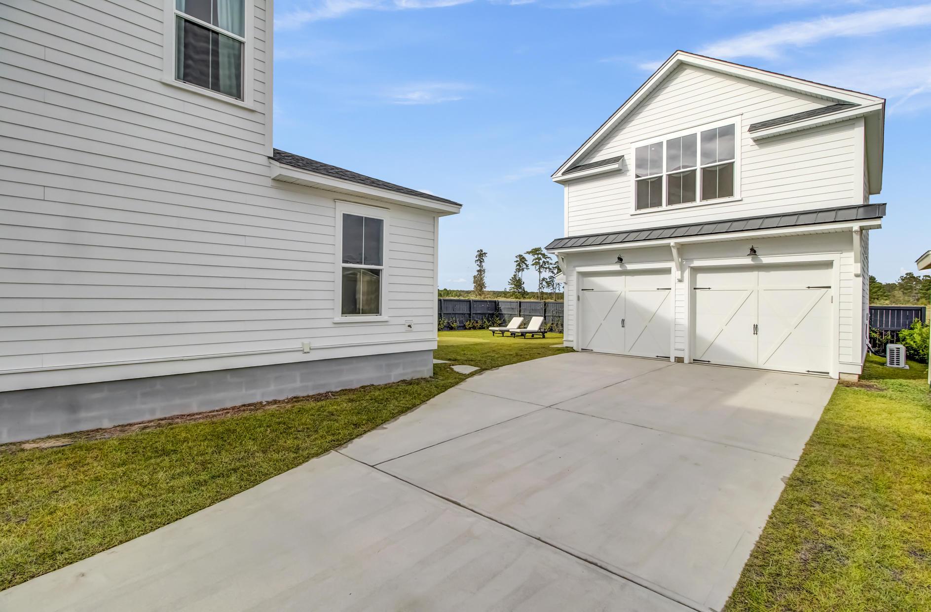 Carnes Crossroads Homes For Sale - 185 Callibluff, Summerville, SC - 29