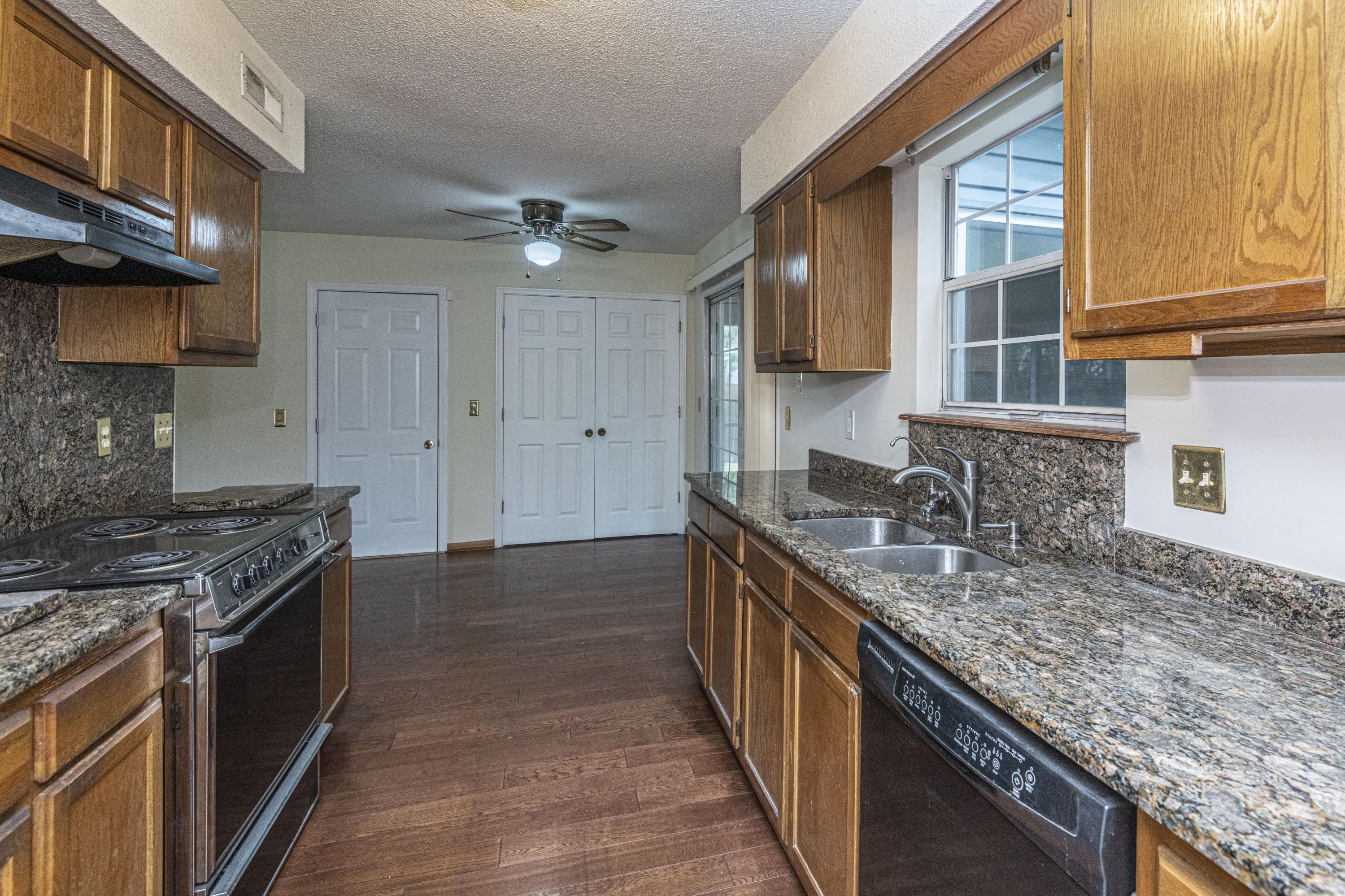 Archdale Landing Homes For Sale - 201 Laurel Ridge, North Charleston, SC - 26