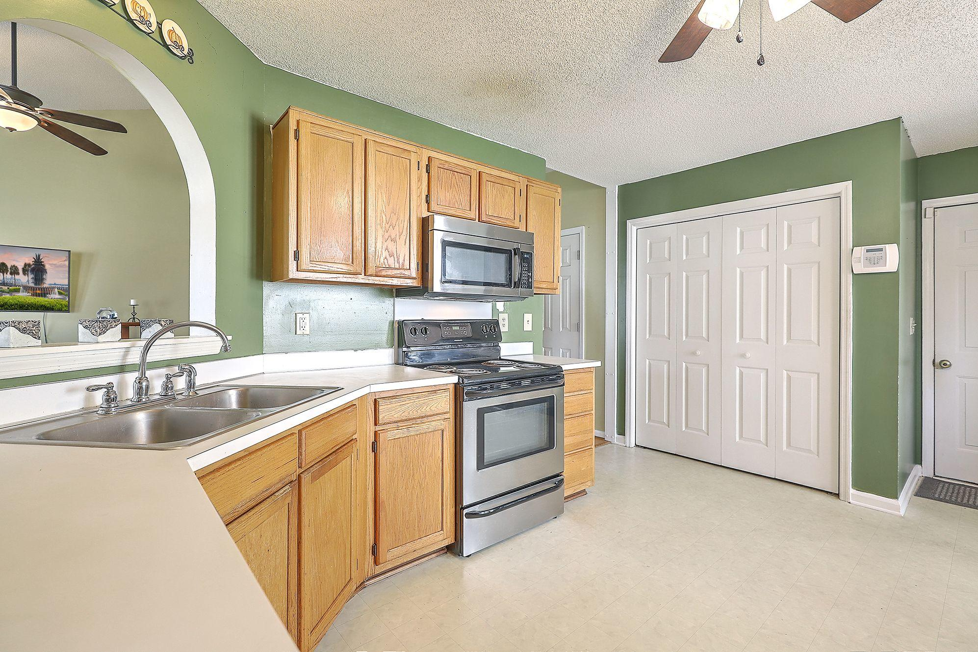 Woodington Homes For Sale - 8614 Aurora, North Charleston, SC - 19