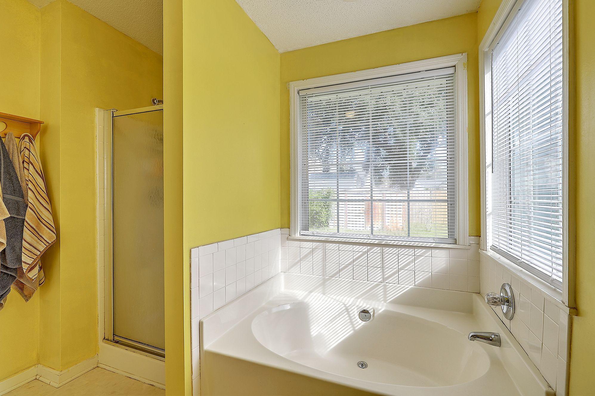 Woodington Homes For Sale - 8614 Aurora, North Charleston, SC - 8