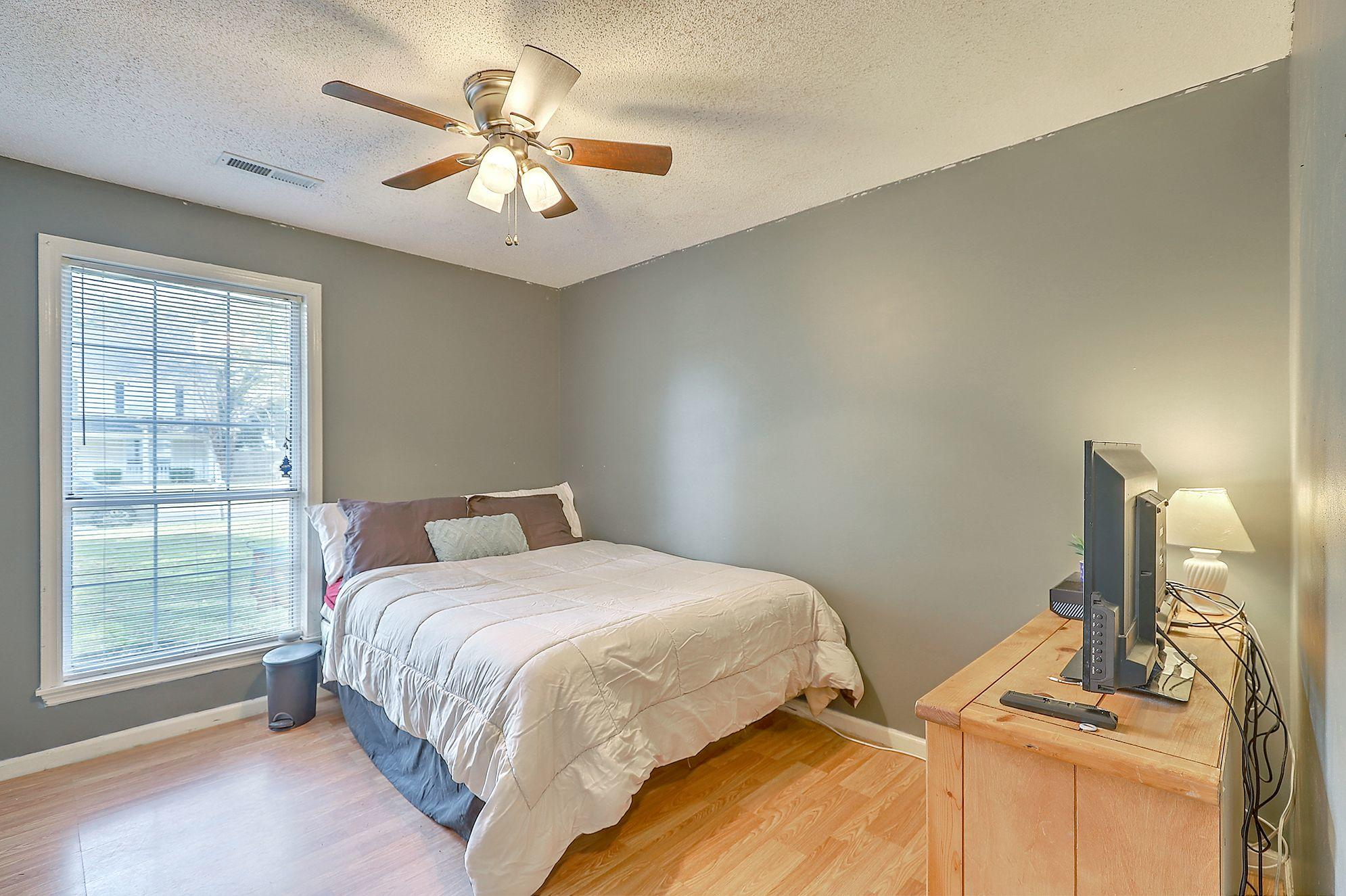 Woodington Homes For Sale - 8614 Aurora, North Charleston, SC - 7