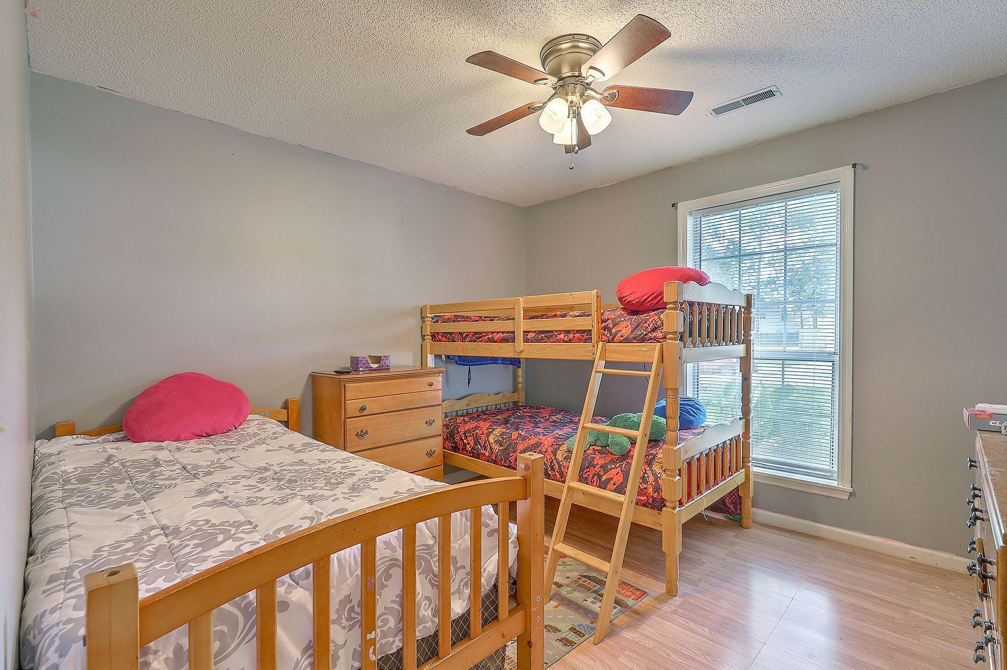 Woodington Homes For Sale - 8614 Aurora, North Charleston, SC - 5