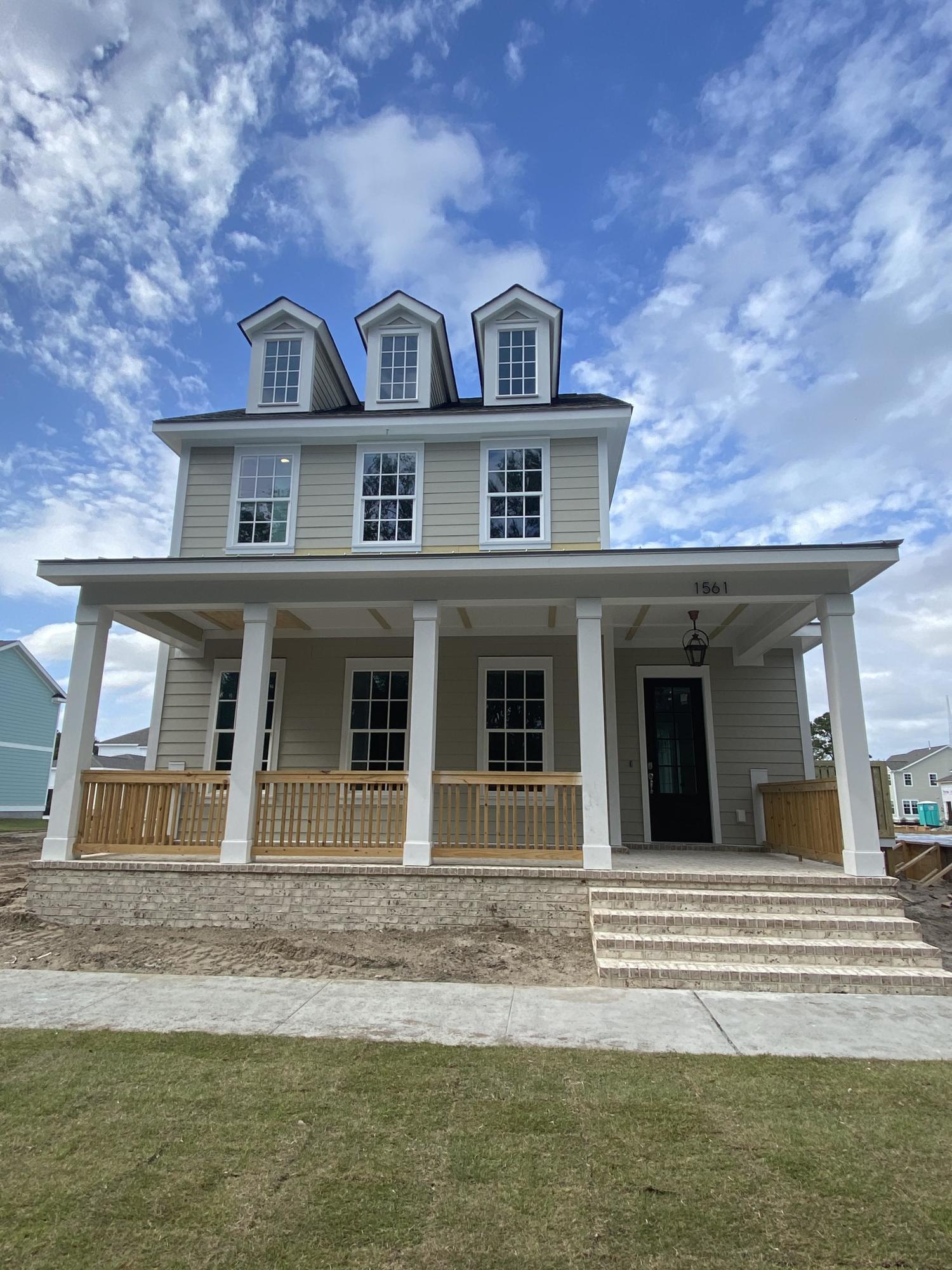 Midtown Homes For Sale - 1561 Kepley, Mount Pleasant, SC - 4