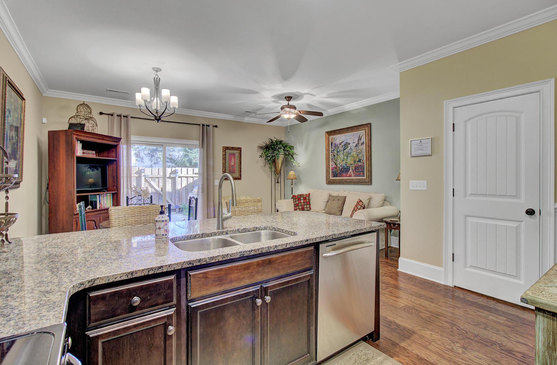 Carol Oaks Town Homes Homes For Sale - 2956 Emma, Mount Pleasant, SC - 18