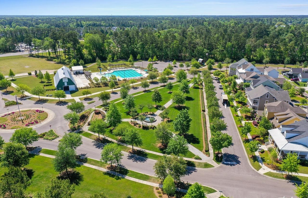 Carnes Crossroads Homes For Sale - 146 Callibluff, Summerville, SC - 13