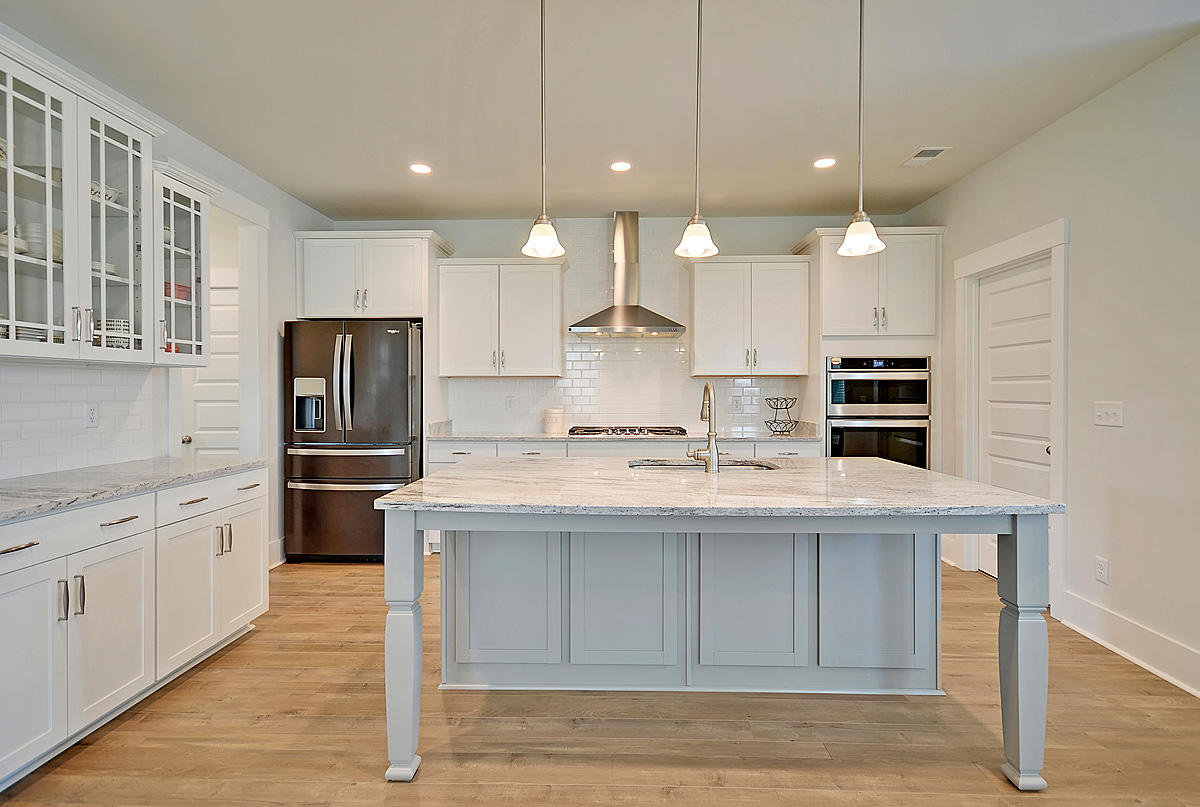 Carnes Crossroads Homes For Sale - 648 Van Buren, Summerville, SC - 17