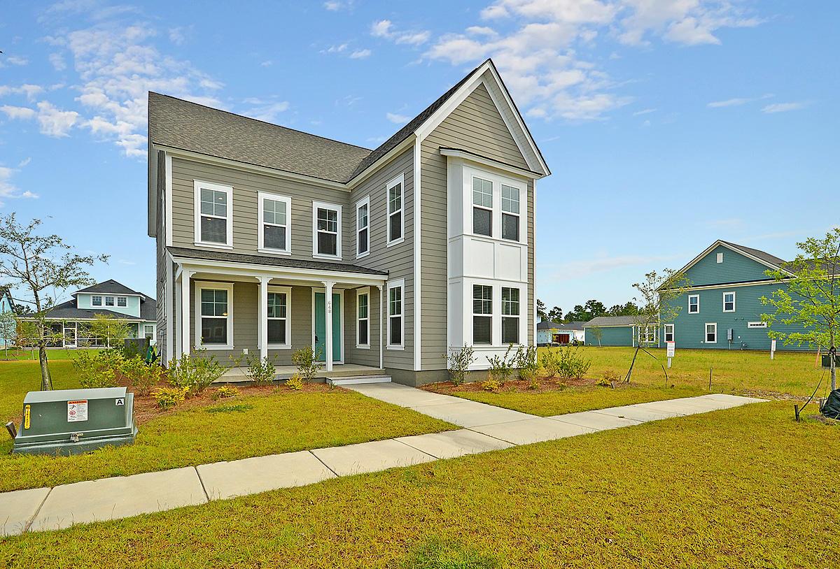 Carnes Crossroads Homes For Sale - 648 Van Buren, Summerville, SC - 3