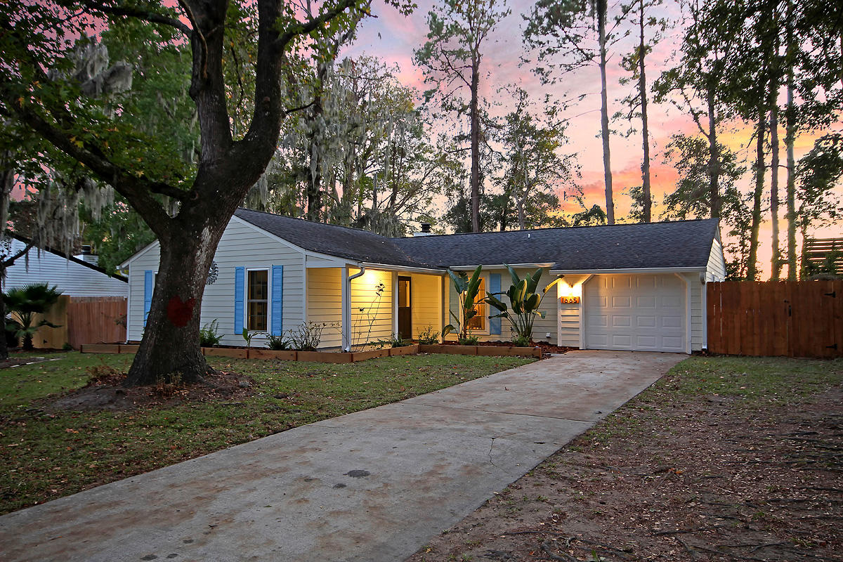 Wando East Homes For Sale - 1665 Nantahala, Mount Pleasant, SC - 2