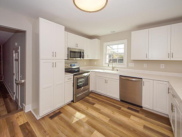 Oaks Estates Homes For Sale - 103 Magnolia, Goose Creek, SC - 13