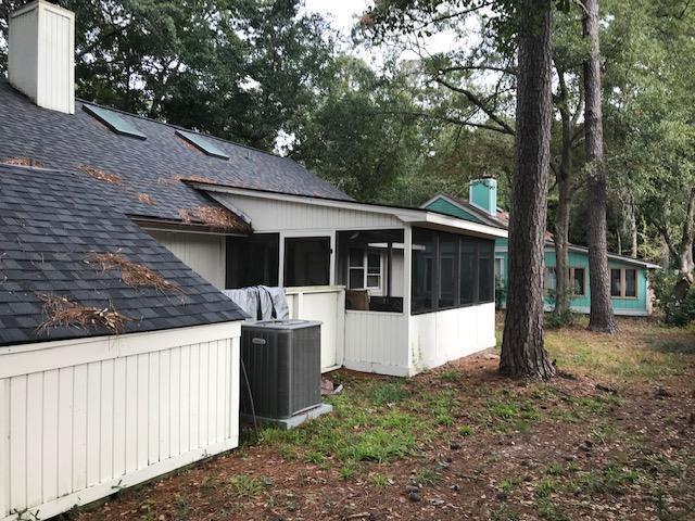 Snee Farm Homes For Sale - 1132 Honeysuckle, Mount Pleasant, SC - 4