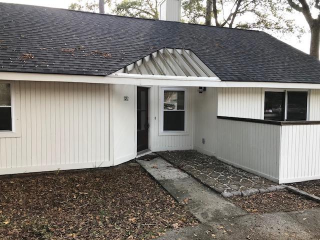 Snee Farm Homes For Sale - 1132 Honeysuckle, Mount Pleasant, SC - 10