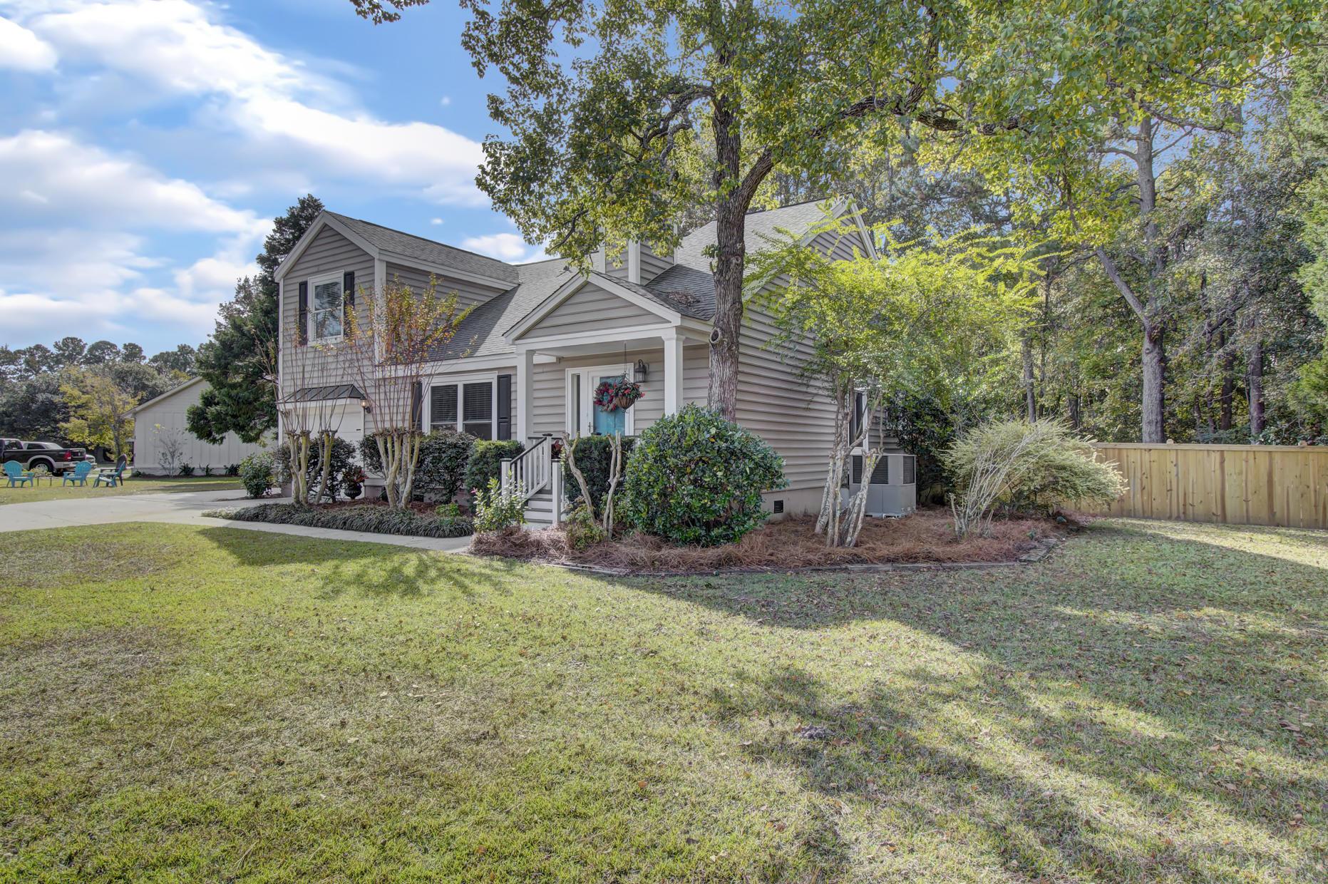 Snee Farm Homes For Sale - 978 Law, Mount Pleasant, SC - 1