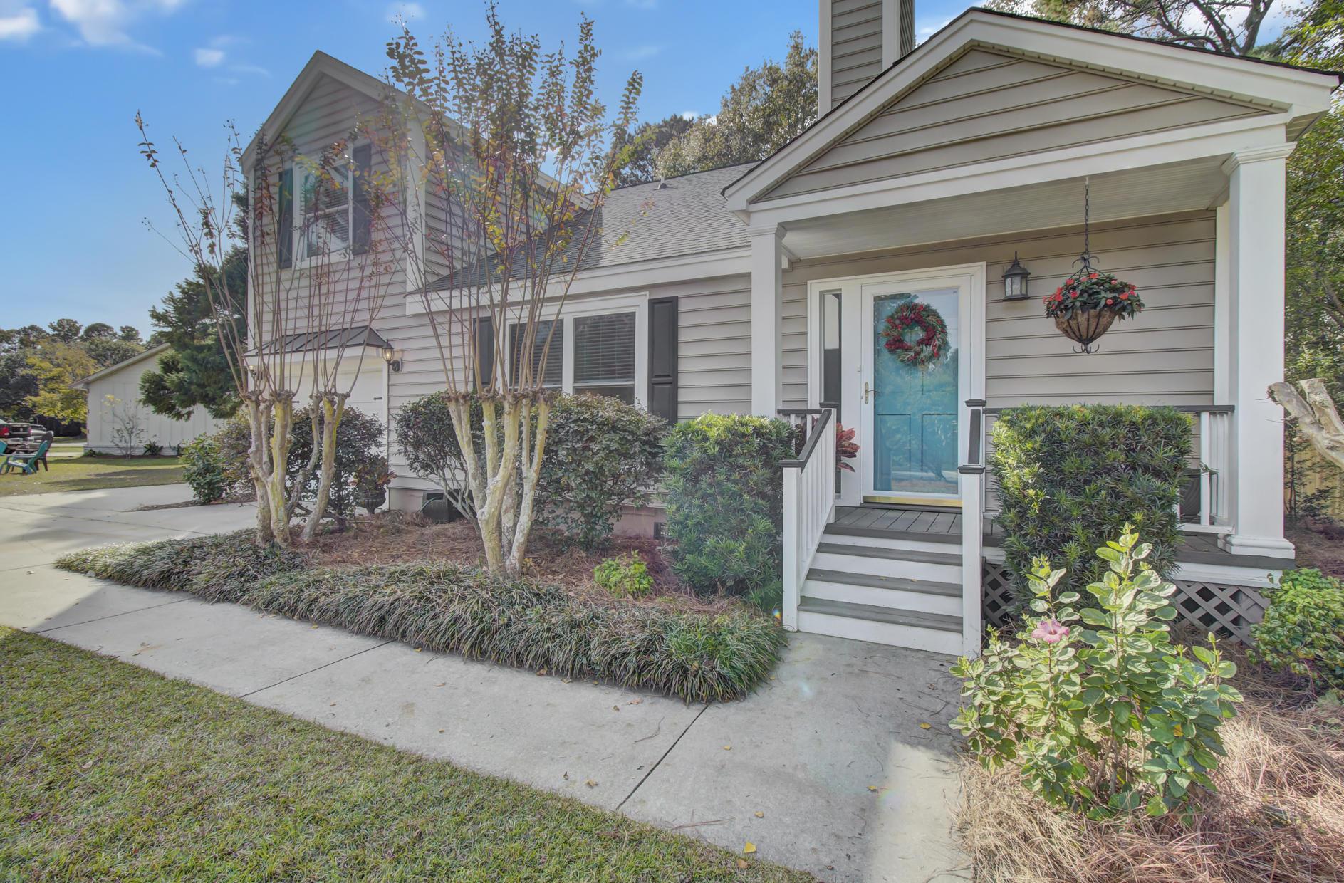 Snee Farm Homes For Sale - 978 Law, Mount Pleasant, SC - 2