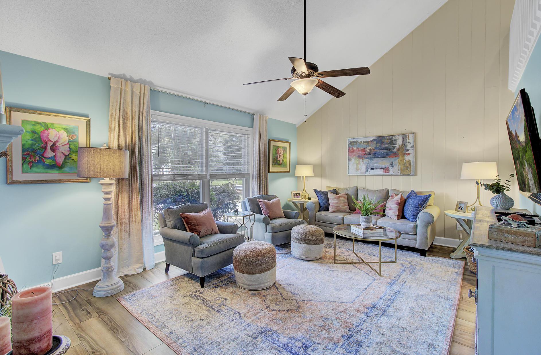 Snee Farm Homes For Sale - 978 Law, Mount Pleasant, SC - 5