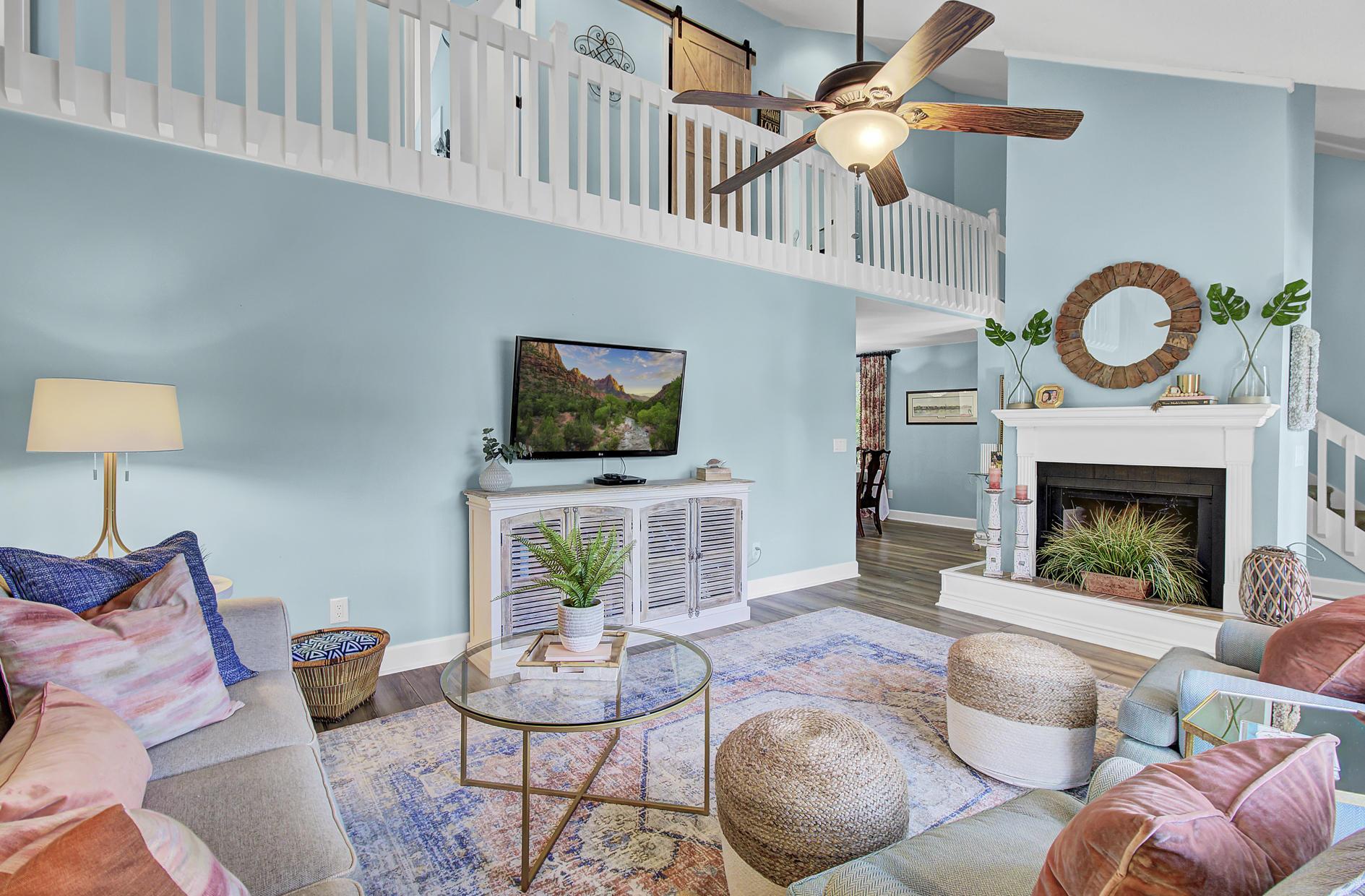 Snee Farm Homes For Sale - 978 Law, Mount Pleasant, SC - 6