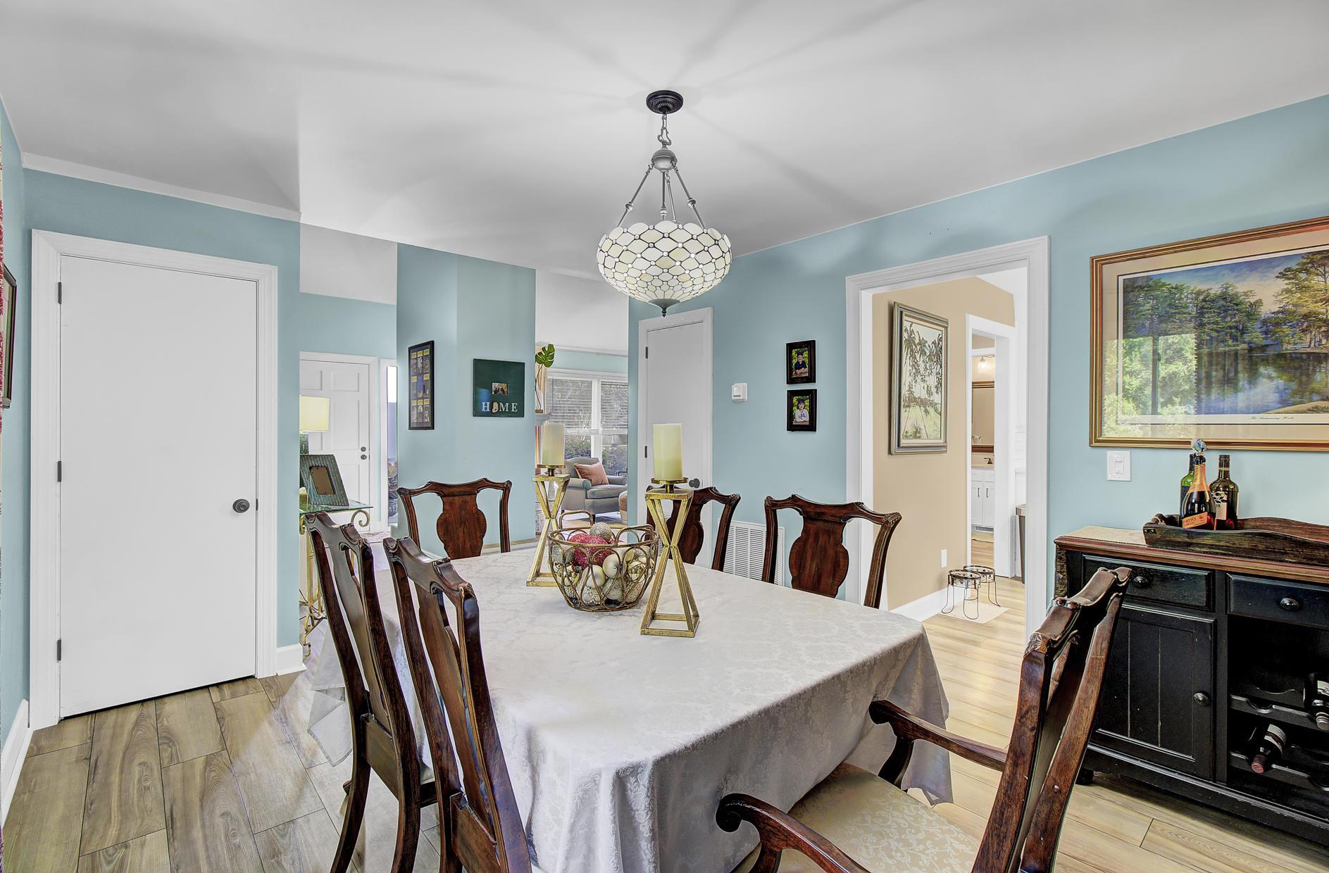Snee Farm Homes For Sale - 978 Law, Mount Pleasant, SC - 9