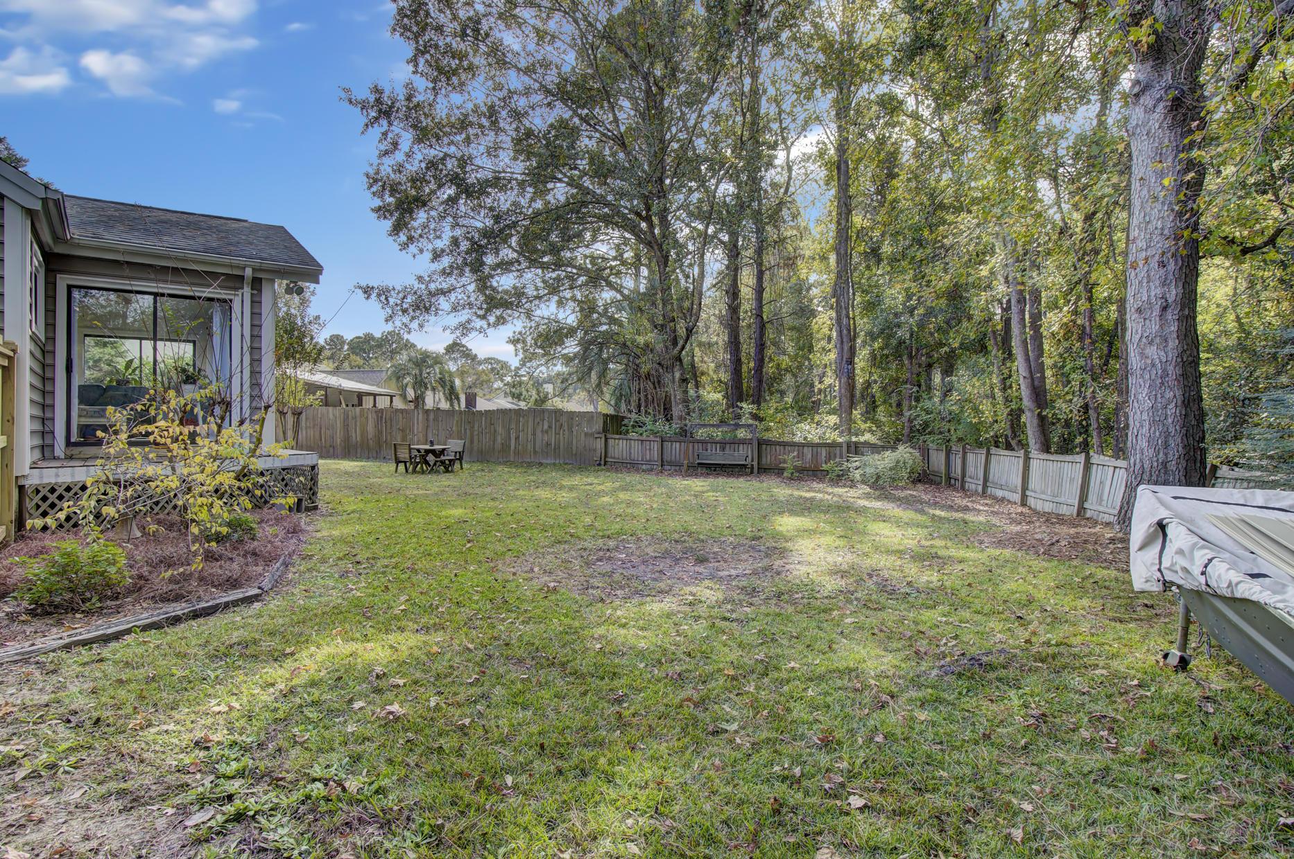 Snee Farm Homes For Sale - 978 Law, Mount Pleasant, SC - 36