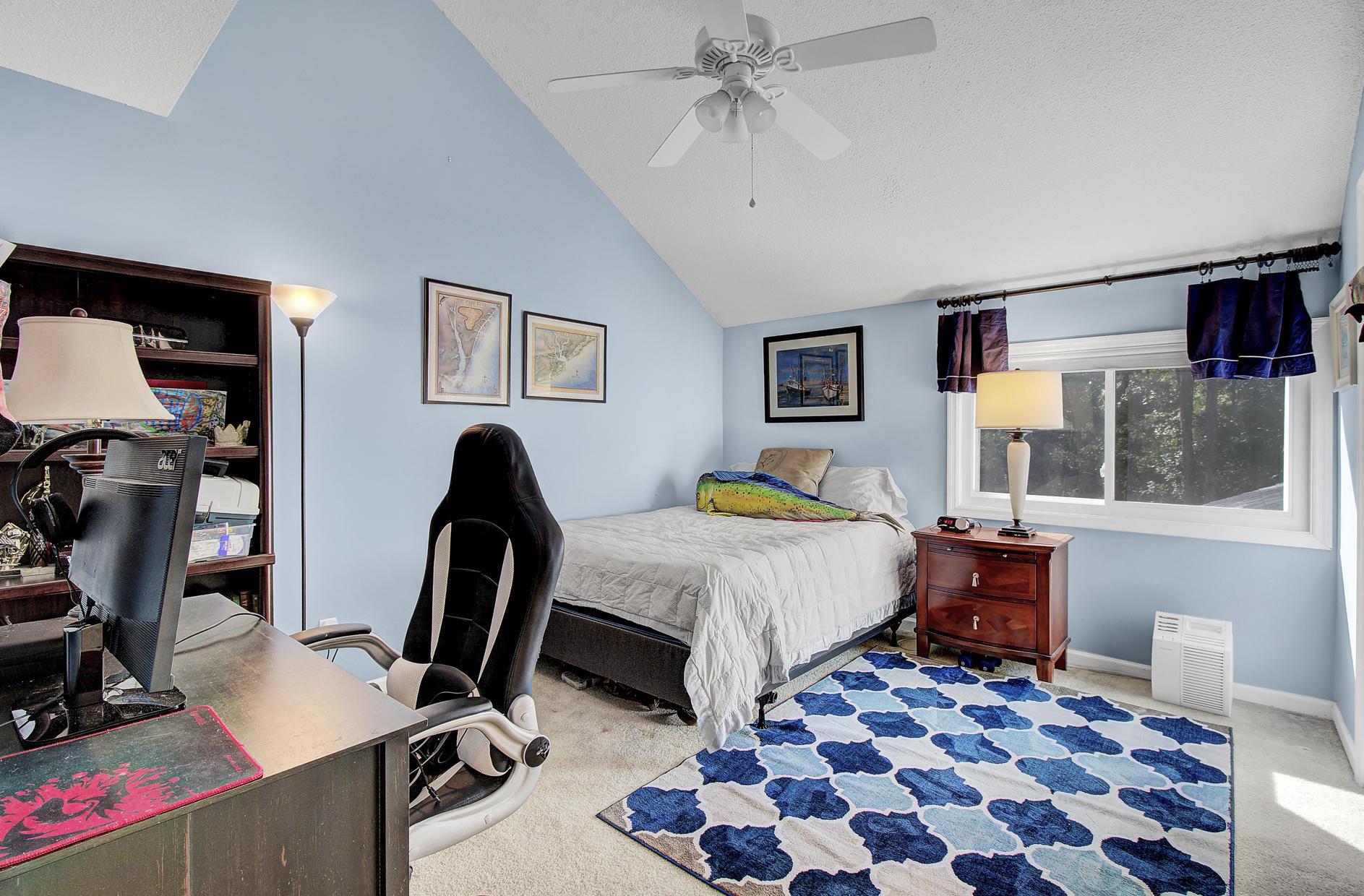Snee Farm Homes For Sale - 978 Law, Mount Pleasant, SC - 28