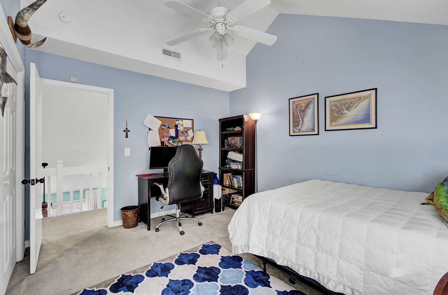 Snee Farm Homes For Sale - 978 Law, Mount Pleasant, SC - 29