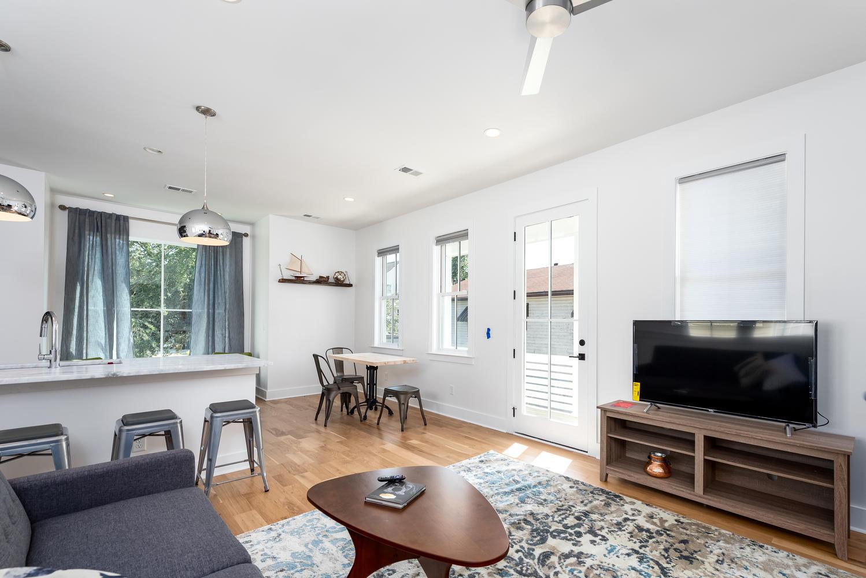 Cannonborough-Elliottborough Homes For Sale - 92 Spring, Charleston, SC - 11