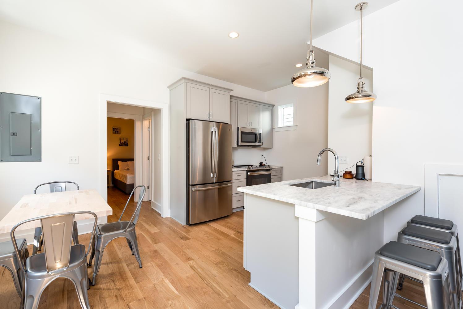 Cannonborough-Elliottborough Homes For Sale - 92 Spring, Charleston, SC - 4