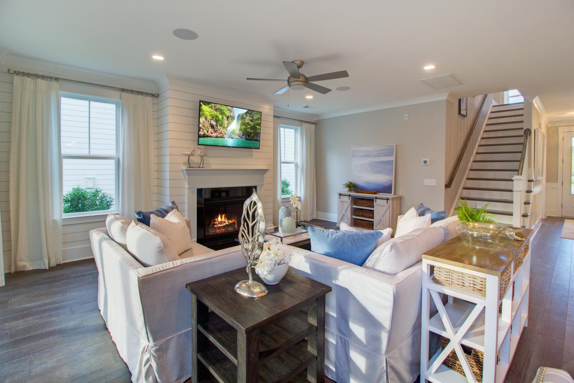 Carnes Crossroads Homes For Sale - 501 Wodin, Summerville, SC - 10